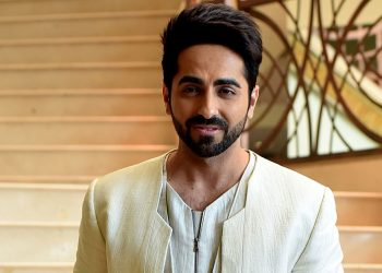 Bollywood actor Ayushmann Khurrana poses for a photograph during a promotional event for the forthcoming Hindi film 'Shubh Mangal Saavdhan' directed by R.S Prasanna in Mumbai on August 1, 2017, / AFP PHOTO / STR