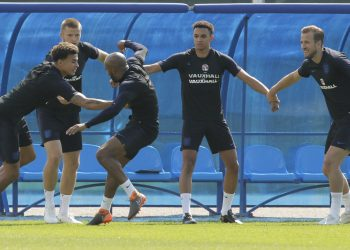 (From L) Dele Alli, Eric Dier, Fabian Delph, Trent Alexander-Arnold and Harry Kane attend England's training in Zelenogorsk near St. Petersburg, Russia