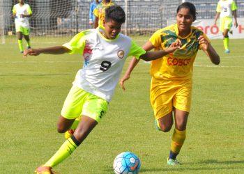 Manisha Naik (L) in action against Kerala at the Barabati Stadium, Tuesday