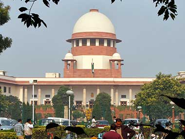 , Scribes can carry mobile phones in courtrooms: SC