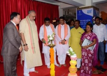Union Ministers Jual Oram, Dharmendra Pradhan and Giriraj Singh (2nd from L) at the inauguration of Regional SC/ST Entrepreneurship Conclave-cum-Exhibition in Bhubaneswar, Thursday OP photo