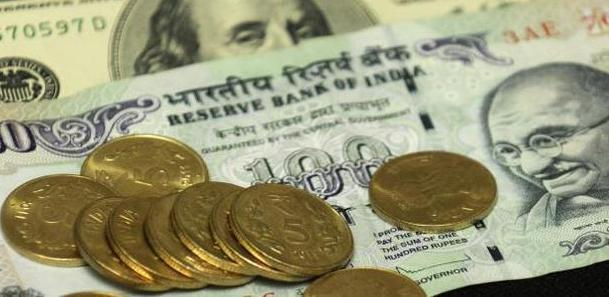 Declines, Rupee declines 5 paise, hits 2-week low against US dollar