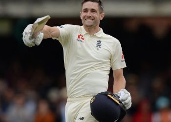 Chris Woakes celebrates reaching his maiden century against India at Lord's Cricket Ground