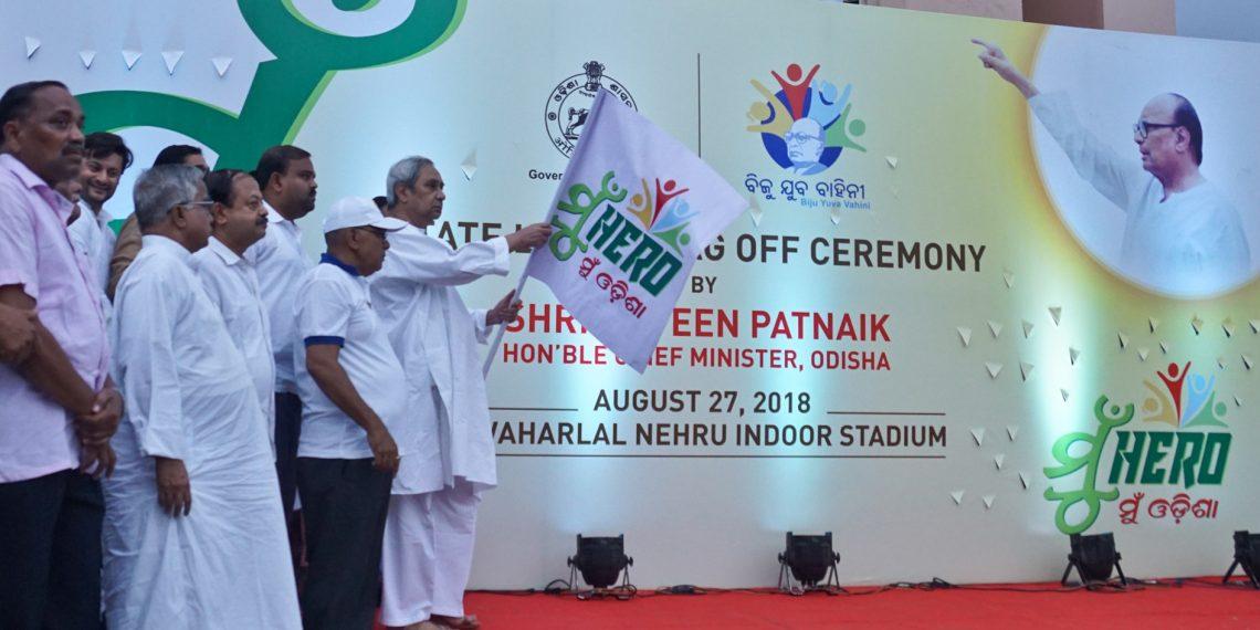 Chief Minister Naveen Patnaik launching the state-level 'Mu Hero Mu Odisha' programme at Jawaharlal Nehru Indoor Stadium in Cuttack Monday OP photo