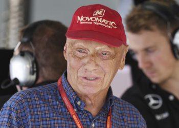 Niki Lauda has undergone a successful lung transplant