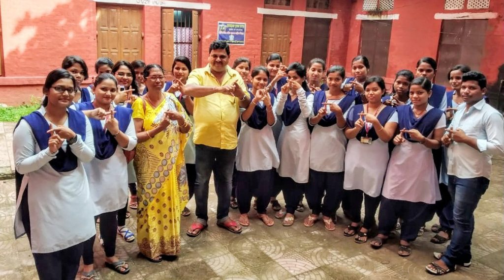 , Puri SCS students pledge for plastic-free state