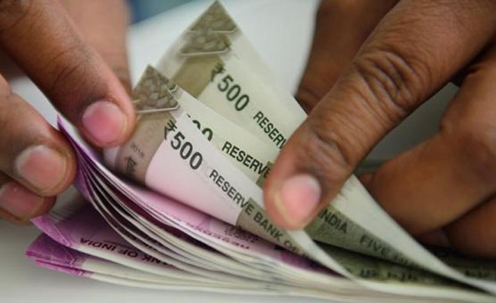Rupee, Re hits fresh record low of 70.82, drops 23 paise against US dollar