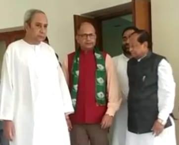 BJD, Ex-PAG Amar Patnaik joins Biju Janata Dal