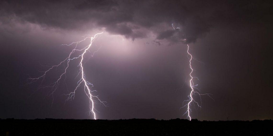 Lightning, One killed in lightning
