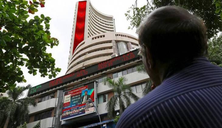 Sensex, Sensex slips from record, falls 85 pts; logs 5th weekly gains