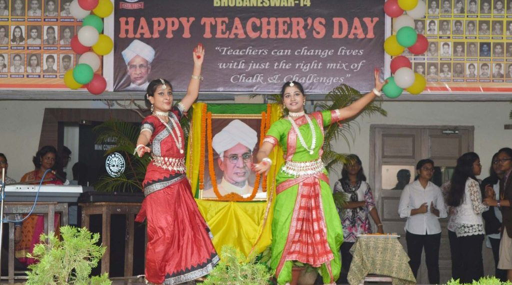 , CELEBRATE LEARNING:STUDENTS ENTHUSED TO SURPRISE THEIR TEACHERS
