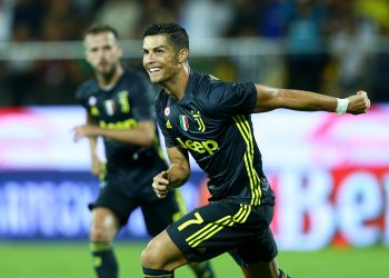 Juventus' Cristiano Ronaldo celebrates his goal against Frosinone, Sunday