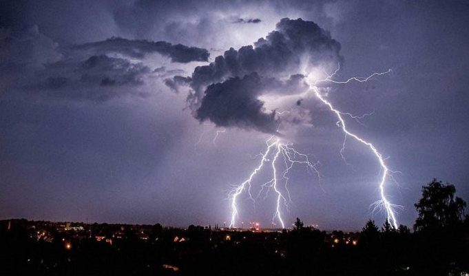 Lightning, Thunderstorm, lightning alert for 21 districts