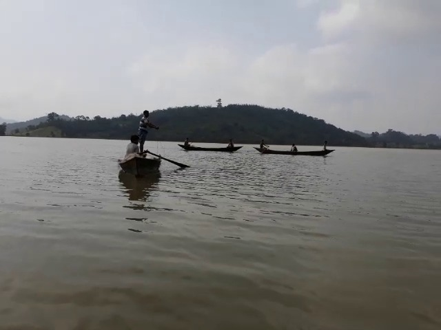 Capsize, 4 missing after boat capsizes in Chitrakonda reservoir