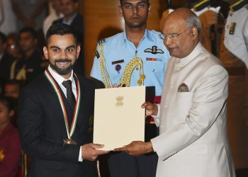 President Ram Nath Kovind confers Rajiv Gandhi Khel Ratna award on cricketer Virat Kohli at the National Sports and Adventure Award at Rashtrapati Bhawan in New Delhi