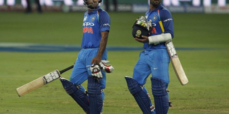 Ambati Rayudu (L) and Dinesh Karthik would be expecting to spend some time at the middle when India face Afghanistan, Tuesday