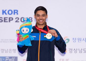 Gold medalist Udhayveer Sidhu poses with his medal after the 25m Pistol Men Junior Event at 52nd ISSF World Championship in Changwon