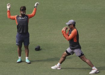 MS Dhoni (R) and Rishabh Pant will be eager to change their fortunes when India will face West Indies in Mumbai, Monday