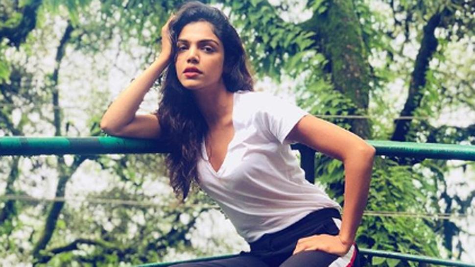 Shriya Pilgaonkar Biography Height, Weight, Age, Husband, Affairs, Instagram...World Super Star Bio
