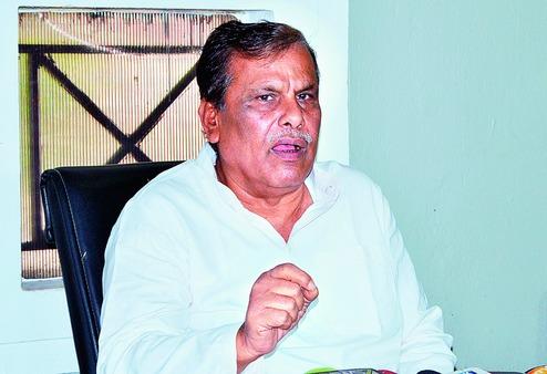 , Srikant calls Niranjan 'mines lootera'