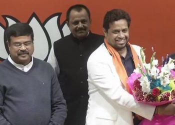 Trinamool Congress (TMC) MP Saumitra Khan Wednesday joined the Bharatiya Janata Party (BJP)