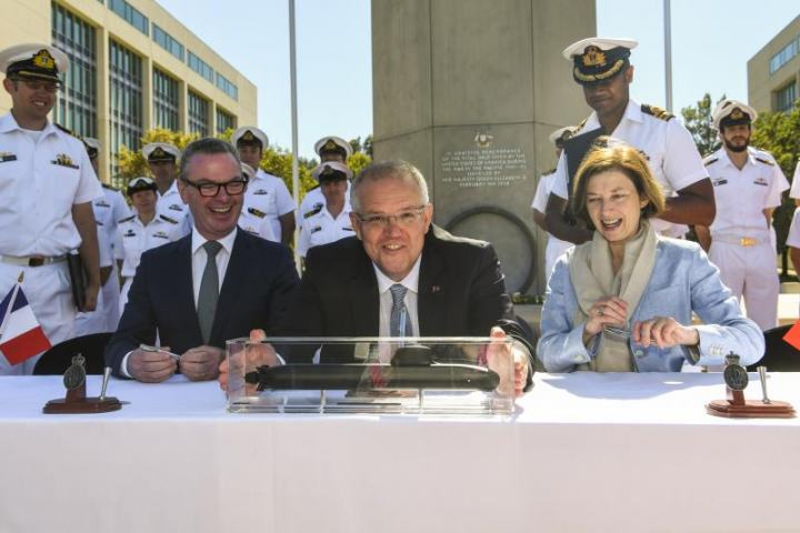 , Australia signs contract to build 12 submarines