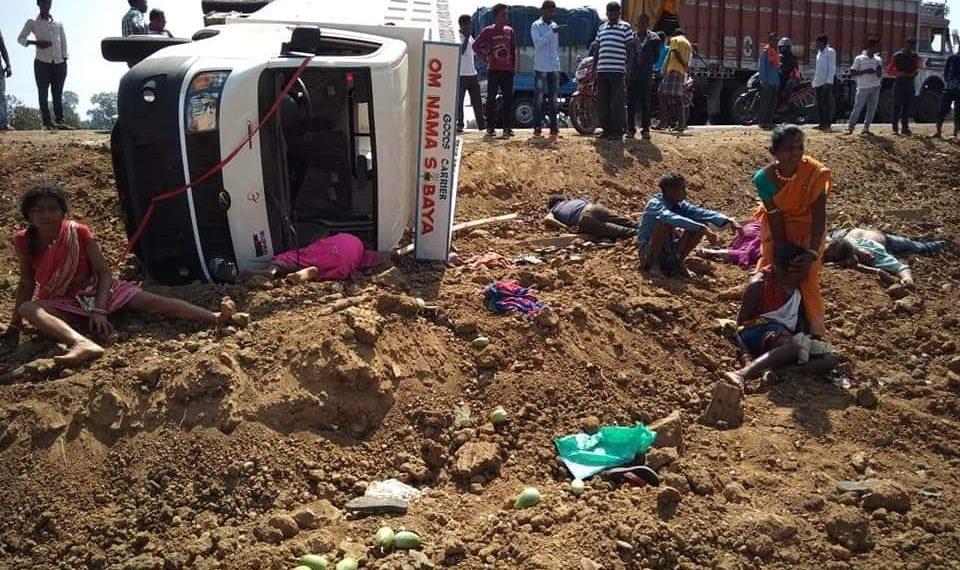 , 8 killed, 13 hurt in road, rail mishaps