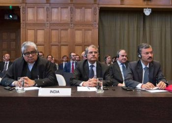 Harish Salve (L) and other Indian lawyers at the ICJ hearing on Kulbhushan Jadhav
