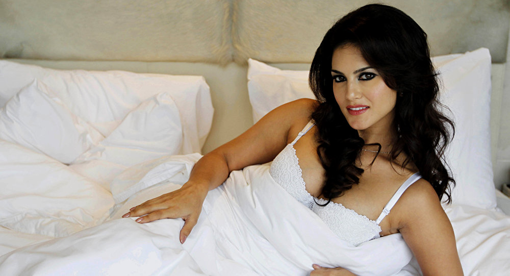 , Sunny Leone shares teaser, fans pour in Valentine's Day wishes