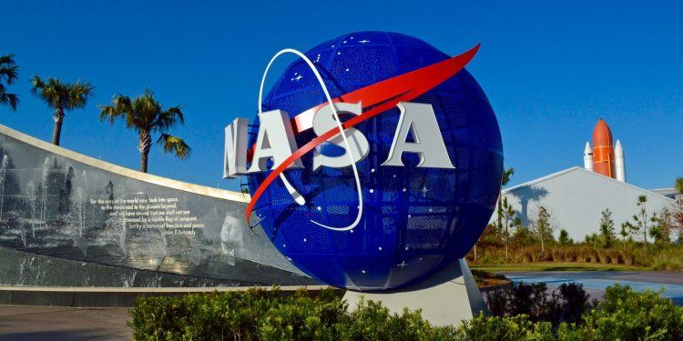 NASA invites people to share picture on Earth Day