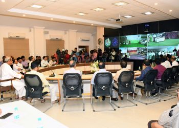 Chief Minister inaugurates Lift Irrigation Projects at Secretariat