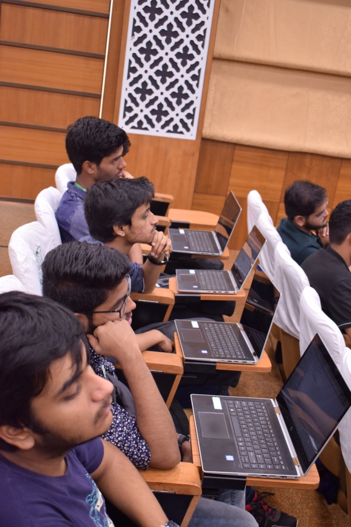 Students grasp Virtual Reality