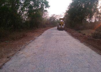 The half finished road at Badaberana