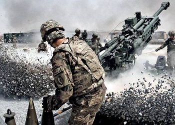 Heavy firing on the Line of Control (LoC) in Jammu and Kashmira's Poonch district, Defence Ministry said. [Representational Image]
