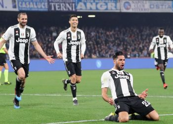 One hand on the title for Juventus.