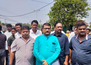 Denied tickets, disgruntled leaders quit BJD