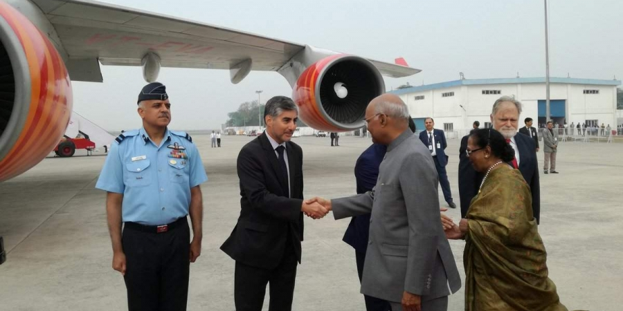 Ram Nath Kovind arrives in Croatia. (Photo | Twitter @MEAIndia) via PTI)