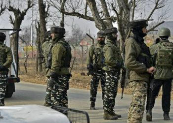 A defence spokesman said there was no report of ceasefire violation by Pakistan anywhere along the LoC in Jammu province.