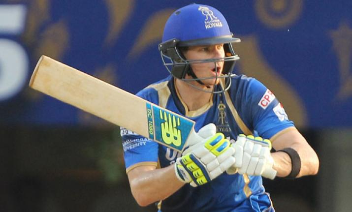 Former Australian great Shane Warne has tipped Smith to hit the ground running with the Royals.