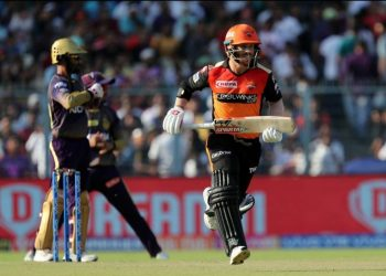 Warner hit 85 off 53 balls which included nine boundaries and three sixes.