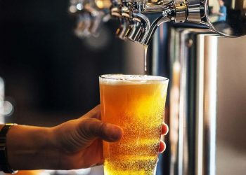 Beer drinking lowers cancer, diabetes risk