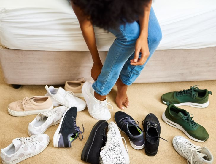 Vastu Shastra: 14 ways how wearing wrong 'SHOES' may bring bad luck in your  life - OrissaPOST