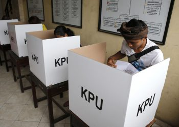 Indonesia votes to elect president, parliamentarians