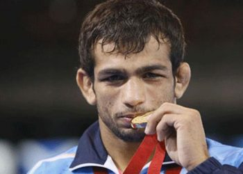 Amit, who won gold in 66kg in the 2013 edition, settled for a silver in the men's 74kg freestyle event after losing to Daniyar Kaisanov of Kazakhstan 0-5 in the final.