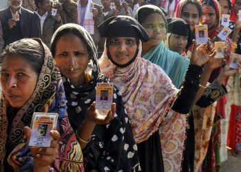 An estimated 10.2 per centvoters on Thurday exercised their franchise in the first two hours of polling in five parliamentary constituencies in Assam.