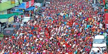 Hundreds of devotees, mostly women, take part in the 'namajapa' (chanting the name of Lord Ayyappa ) during march in Kottayam, Kerala (PTI photo)