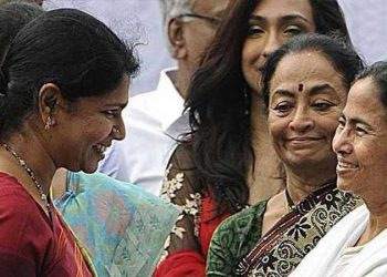 Kanimozhi (left) is being harassed as DMK is opposed to BJP's divisive politics in south India, Mamata said.