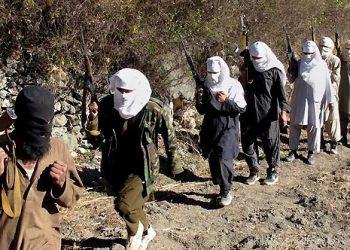 Around 15-20 armed assailants in camouflage uniform reportedly stopped five or six buses travelling between Karachi and Gwadar on the Makran Coastal highway. (Image: Representational)