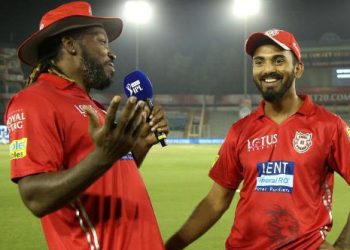 Chris Gayle (L) and KL Rahul have a fun moment