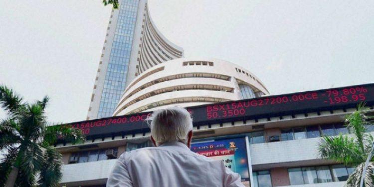 Sensex tumbles over 700 points as FM presents Budget
